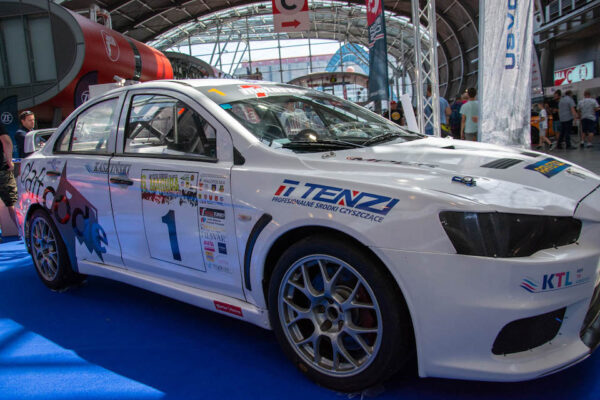 InterCars 1 Tenzi UK Cleaning products